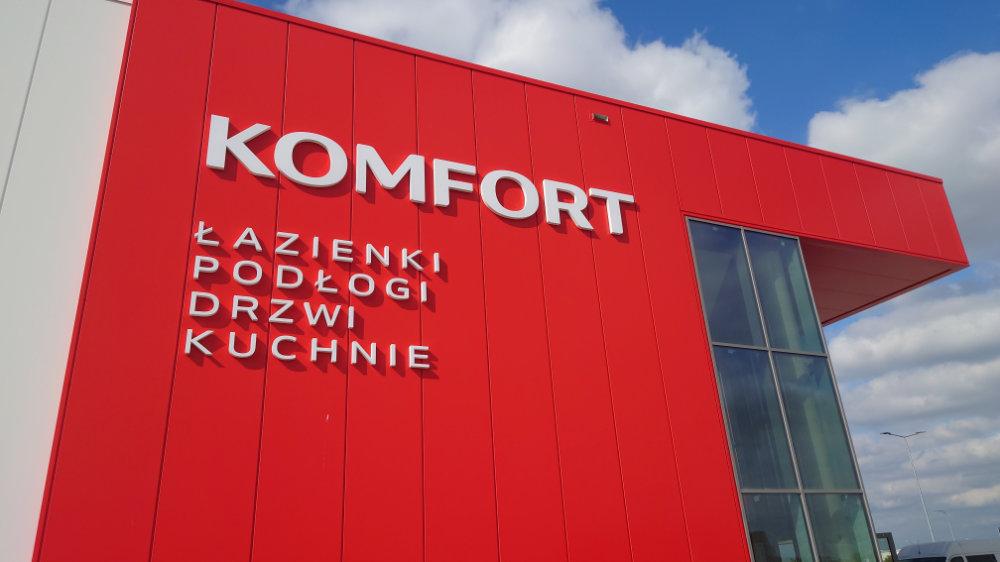 Budynek handlowo-ekspozycyjny w Komornikach